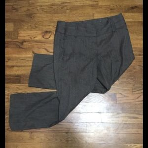 Maurices pants. 9/10 x-short. Brown with pattern.